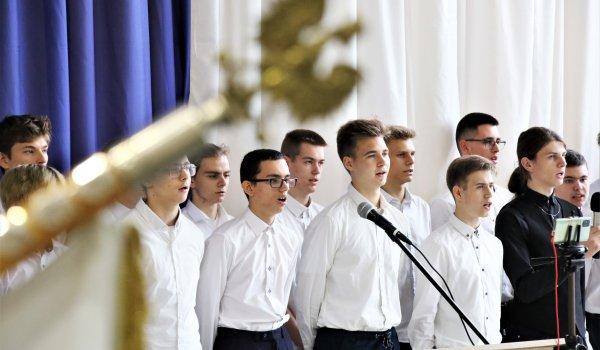 170 tysięcy uczniów w regionie rozpoczęło nowy rok szkolny. Wojewódzka inauguracja w Olsztynie